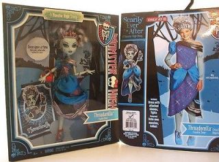 Monster High Threadarella Frankie Stein Doll & Dress Costume Scarily