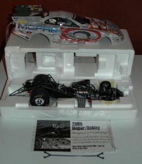 Gary Scelzi 1/16th scale Oakley NHRA Mopar Funny Car 2005