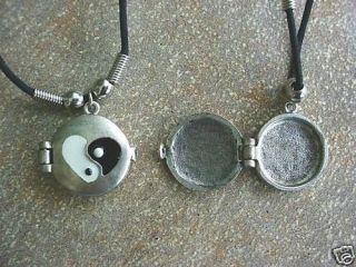 Stash Thong Pendant Necklace Locket YIN YING YANG YAN Vintage 60s Made