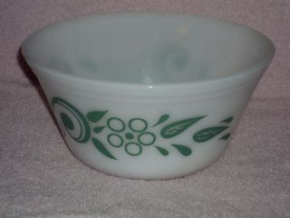Federal Glass Art Deco Turquoise Blue Flower Pattern Round 8 Mixing