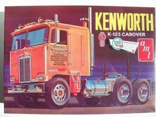 AMT KENWORTH K 123 CABOVER LEVEL 3 PLASTIC TRUCK MODEL KIT 1/25 SCALE