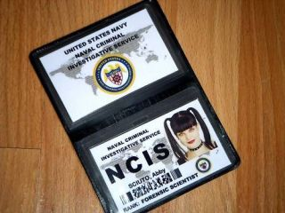 abby sciuto ncis forensic scientist id card wallet set time
