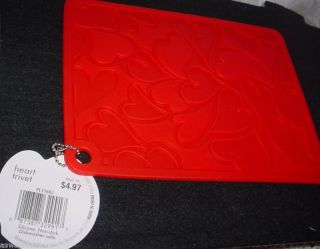 new heart silicone trivet square with heart pattern one day