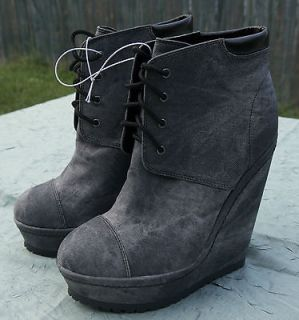 XHILARATION LADY GAGA SOLANA STYLE DENIM BOOT WEDGES SIZE 8