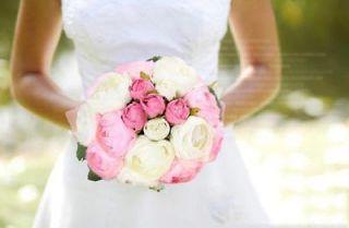 Artificial Rose/Camellia 10 Flowers Wedding Bouquet Party Decor 4
