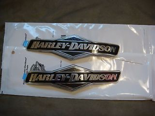 Harley Davidson Skull Fuel Tank Emblems Gas FLHX Street Glide Road