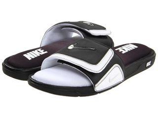 40.00  Nike Comfort Slide 2 $40.00