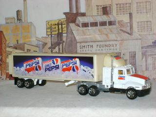 RARE Pepsi Cola Kenworth Semi Tractor Trailer IHC Road Champs HO Scale