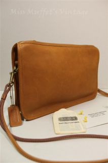 Auth Vintage COACH Tan Leather Slim Convertable Clutch Shoulder Bag