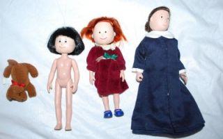 Lot Pepito Miss Clavel Genevive Dog House Shaped Case 3 Dolls