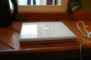 Apple iBook M6497 Computer Laptop Working Condition