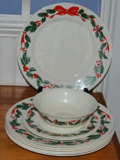 Vintage arcopal france Holly Bows Ribbon Christmas Holiday China EUC