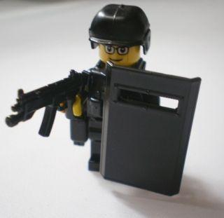 SWAT Police Helmet Military Gun Army Weapons Lego Minifigures