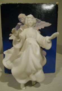Avon 1985 ANGEL Porcelain Figurine Nativity Collectibles IOB