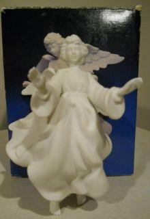 Avon 1985 ANGEL Porcelain Figurine Naiviy Collecibles IOB