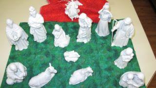 avon nativity figurines with manger 13 figurines