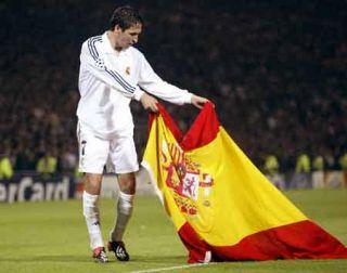 Funda Carcasa Con El Escudo Del Real Madrid Para Samsung Galaxy S2