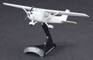 POSTAGE POWER 1/87 SCALE CESSNA 172 SKYHAWK DIE CAST REPLICA 5603 1