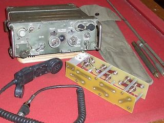 ARMY MILITARY SURPLUS RADIO FIELD PHONE RT 841 / PRC 77 RECEIVER