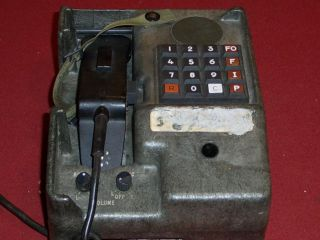 ARMY MILITARY FIELD PHONE RADIO TELEPHONE TA 1035/U SIGNAL CORPS
