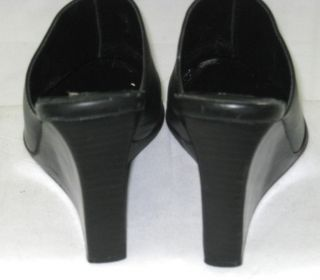 Steve Madden Womens Laso Black Leather Wedge Clogs Size 7