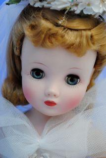 Beautiful Vintage 16 Madame Alexander Elise Bride Doll Bridal Wreath