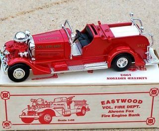 1993 Ertl Eastwood #11 1937 Ahrens Fox Fire Engine Truck Bank