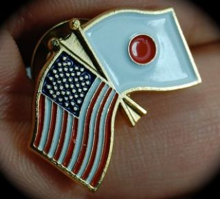 Gold US American Japan Flag Lapel Pin Japanese Medal
