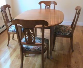 Ethan Allen Used Country Colors Table and Legacy Pineapple Chairs