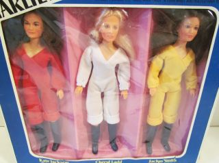 Hasbro 1977 Charlies Angels 9 Action Figure Doll Dolls RARE Gift Set