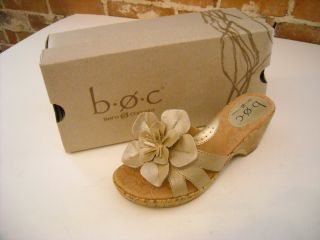 Born Sweet Pea Champagne Leather Flower Wedge Sandal 10