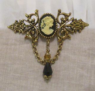 ANTIQUE GOLD BLACK CREAM CAMEO CRYSTAL TEARDROP BROOCH PIN STEAMPUNK