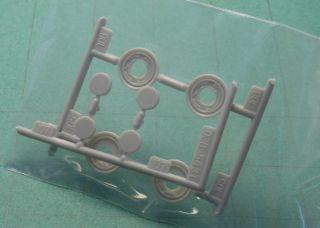25 scale model car parts BRAKE DISC DRUM & wheel bearing inserts AMT
