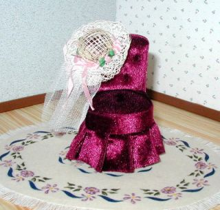 Dollhouse Miniature Furniture ~ Upholstered Tufted Heart Back Chair ~