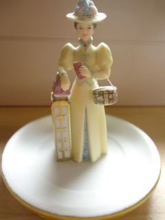2002 Avon Collectibles Mrs P F E Albee Awars Figurine