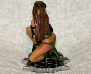 Vision Strike Ware US Army Green Beret Pin Up Girl Sculpture