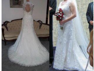 Cream Bernadette Spanish Trumpet Applique Sottero Bead Wedding Gown L