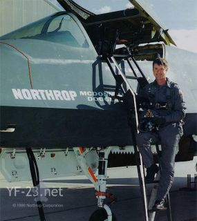 Northrop McDonnell Douglas YF 23 Aviation Test Pilot Autograph Paul
