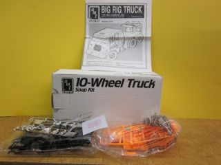 BIG RIG TRUCK AMT ERTL Snap Kit 10 Wheel Truck Blueprinter Exclusive