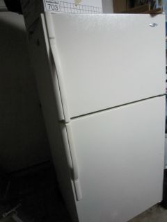 Maytag MTF2142EE 21 CU ft Refrigerator Bisque Top Freezer
