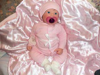 LEE MIDDLETON 1994 BEAUTIFIL BLONDE BLUE EYE GIRL BABY DOLL LOOKS REAL