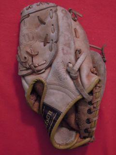 Bobby Bonds Wilson 10 inch Baseball Glove Mitt