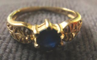 10K Yellow Gold Ring Carved Natural Blue Sapphire Size 6 1 2