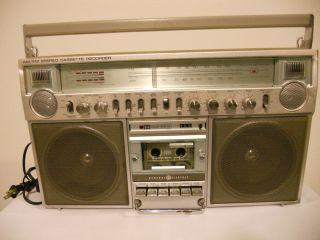 Vintage GE Boombox Ghettoblaster Radio Cassette Player