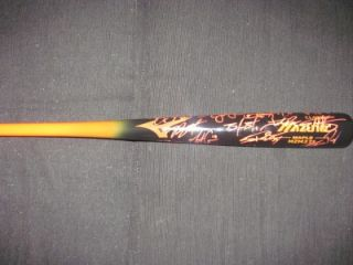 San Francisco Giants World Series Champs Team Autographed Mizuno
