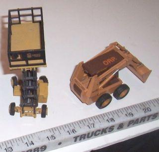 Conrad 5401 Case 1845C Skid Loader NZG Grove Platform Lift Super Maxx
