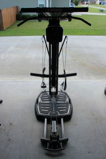Bowflex Ultimate 2 Home Gym with Lots of Attachments