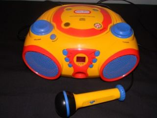 little tikes cd player radio boombox with microphone