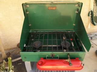 Vintage Coleman 2 Burner Stove 413E White Gas In Clean Condition 1954
