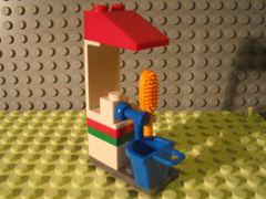 Lego Advent Calendar 2007 City Day 14 Car Wash Kiosk Minifig Accessory